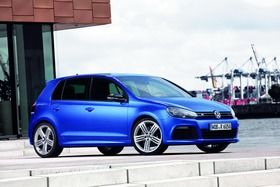 volkswagen-golf-r_